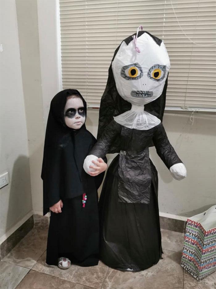 Une fillette de 3 ans a choisi «La Nonne» comme thème pour sa fête et elle a reçu une réponse de l'actrice principale