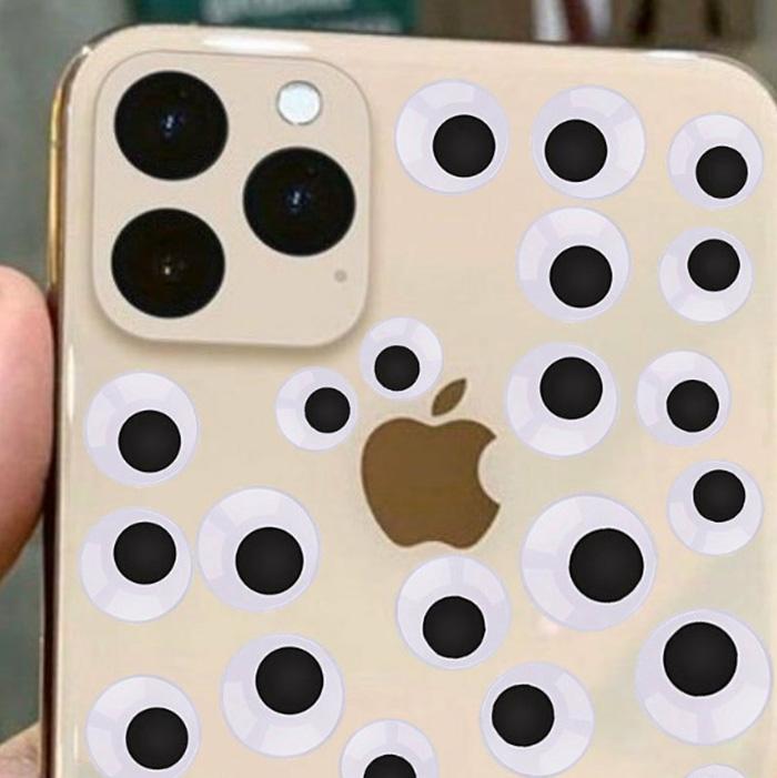 Apple a dévoilé son plus récent iPhone et les internautes ont réagi avec 18 blagues hilarantes