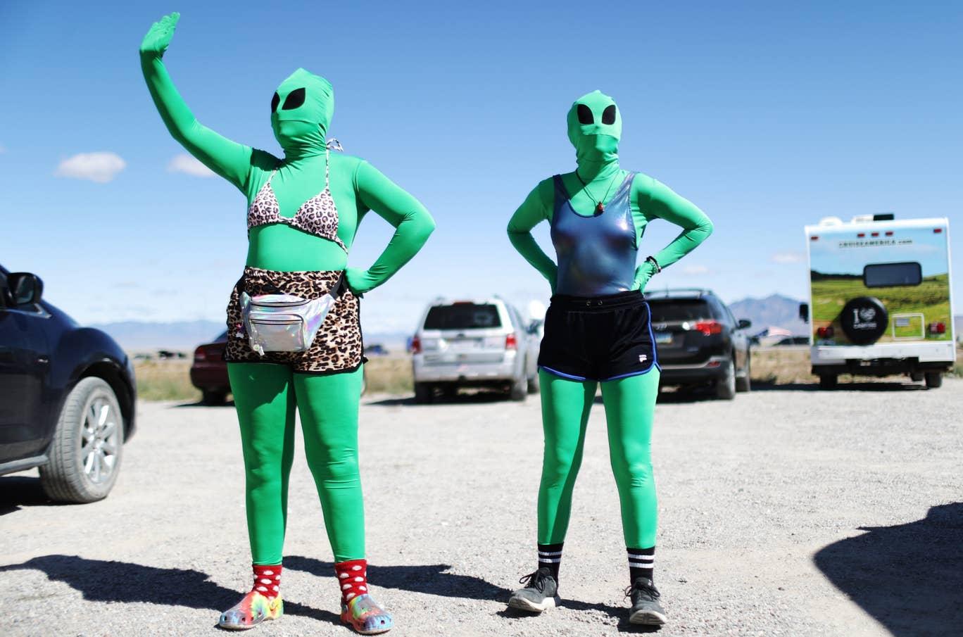 Deux millions de personnes ont dit qu'elles envahiraient Area 51, mais seulement 150 se sont présentées
