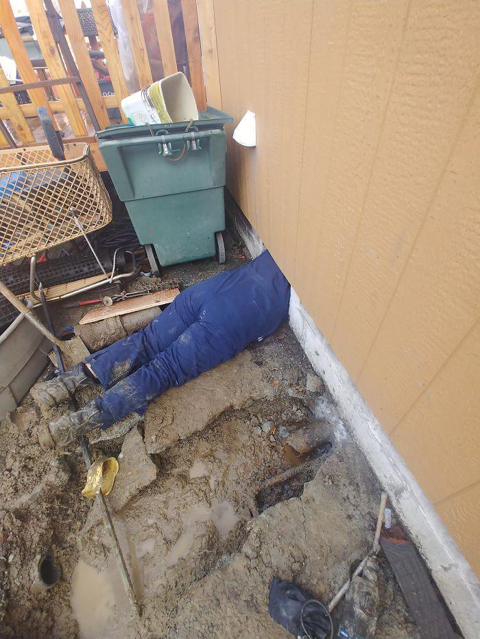 Ce gars est plombier depuis 2 ans et voici les choses folles qu'il a vues au travail (22 images)