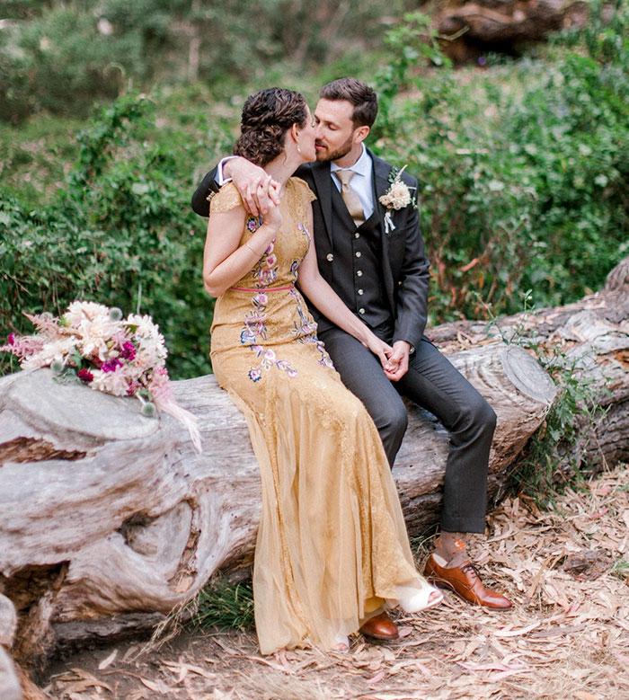 Cette bande de ratons laveurs s'est incrustée dans une séance photo de mariage et c'est à la fois mignon et hilarant (11 images)