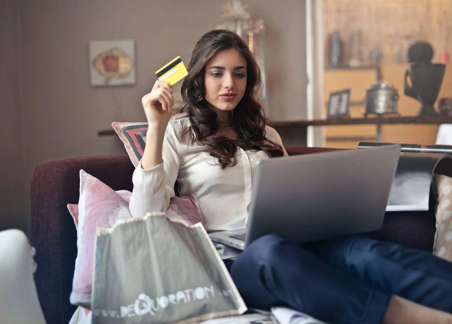 La dépendance aux achats en ligne est un problème de santé mentale, selon des psychothérapeutes