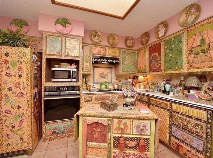 Ce compte Instagram est un paradis pour ceux qui recherchent les pires designs de maisons (25 images)