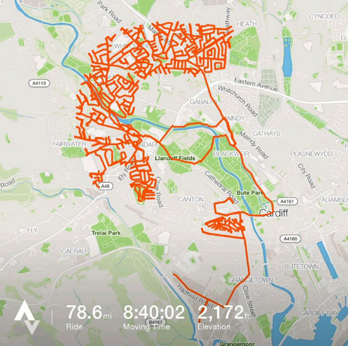 Ce cycliste a passé 9 heures à pédaler pour créer une image d'un renne sur une application de fitness