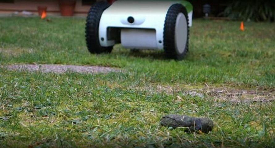 Ce robot trouve, détecte et ramasse automatiquement le caca de ton chien