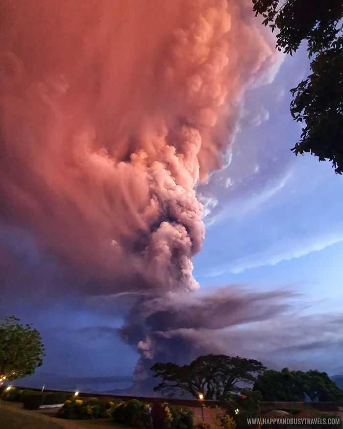 30 photos qui montrent la puissance terrifiante du volcan Taal qui est entré en éruption aux Philippines