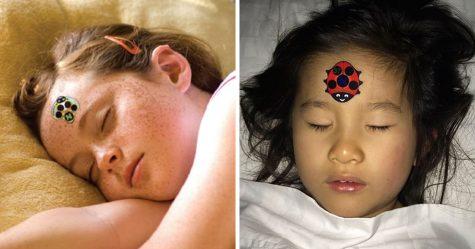 Cet autocollant en forme d'insecte est une façon ingénieuse de prendre la température de ton enfant
