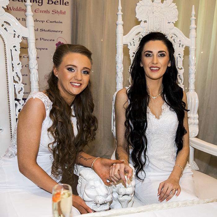 Ce couple gay a marqué l'histoire en devenant le premier couple homosexuel à se marier en Irlande du Nord depuis la légalisation