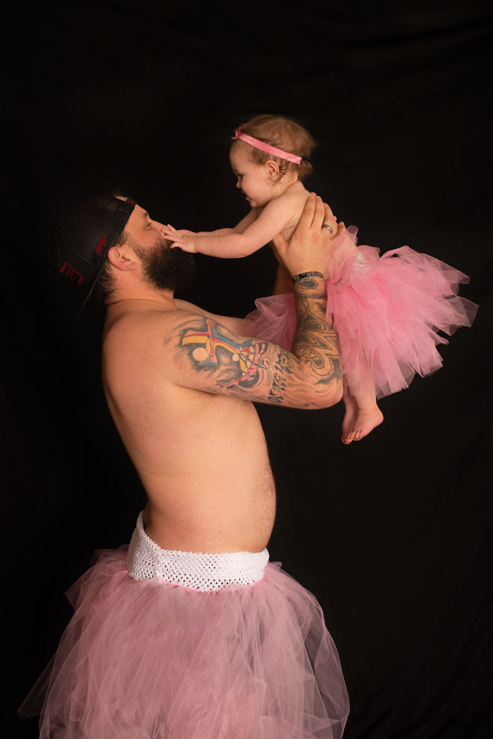Cette séance photo d'un papa et sa fille vêtus de tutus est devenue virale (9 images)