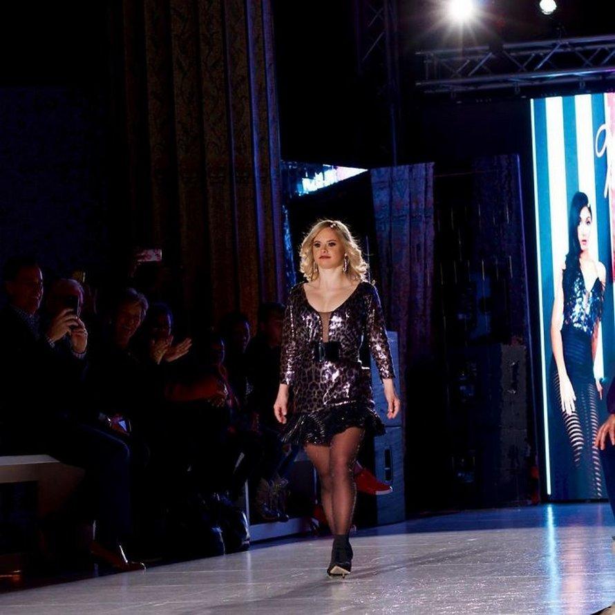 Les gens célèbrent cette mannequin trisomique qui vient d'ébranler la New York Fashion Week