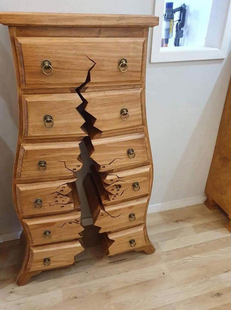 Cet ébéniste retraité est devenu viral pour ses meubles bizarres et «cassés» qui semblent tout droit sortis de films Disney