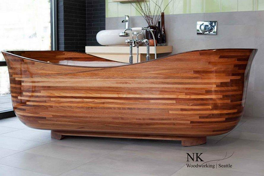 Ce menuisier utilise son expérience dans la construction navale pour créer de superbes baignoires en bois