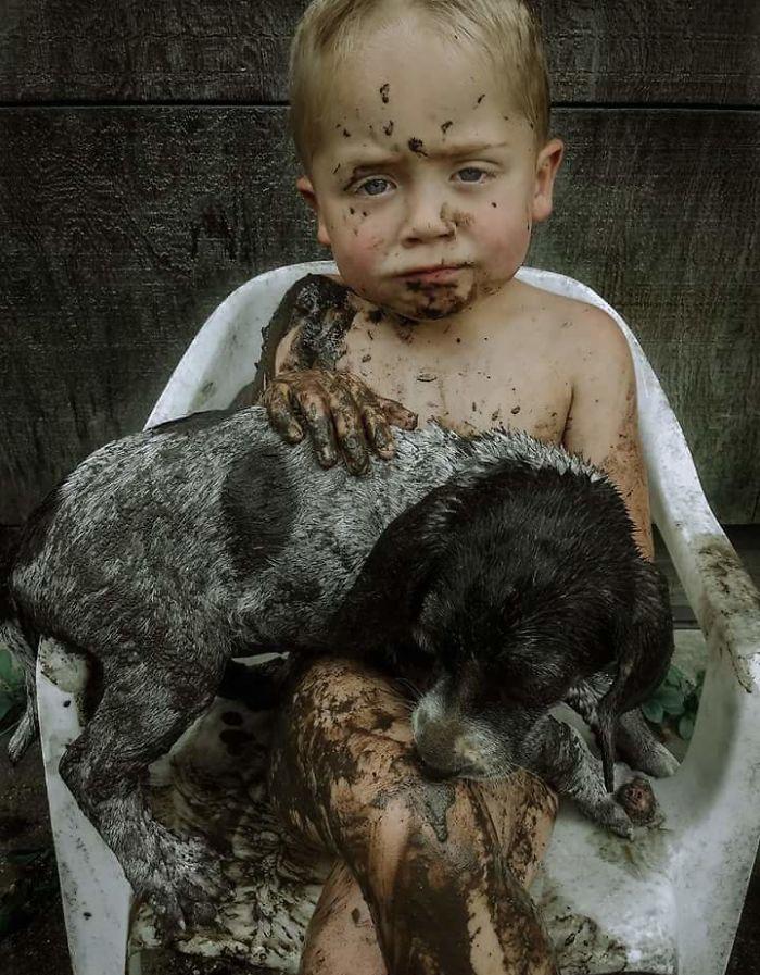 22 raisons pour lesquelles vous ne devriez jamais laisser votre chien jouer dans la boue (nouvelles images)