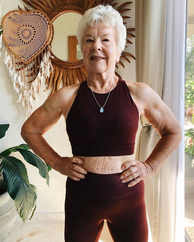 Une fille a aidé sa mère de 73 ans à perdre plus de 25 kilos et à retrouver la santé, et ses photos avant et après sont devenues virales