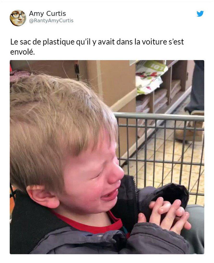 Des parents partagent les raisons ridicules pour lesquelles leurs enfants pleurent (22 nouvelles images)