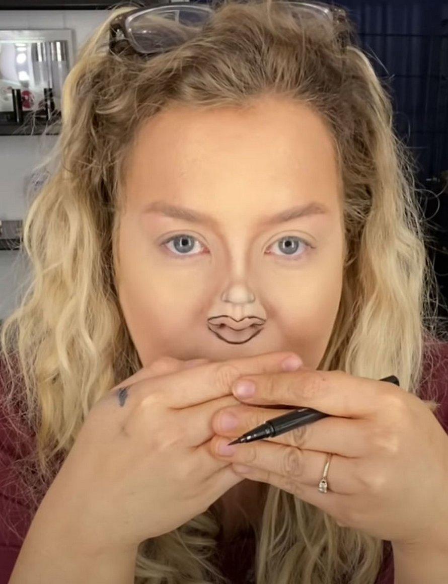 Ce défi du petit visage est le maquillage idéal pour le confinement