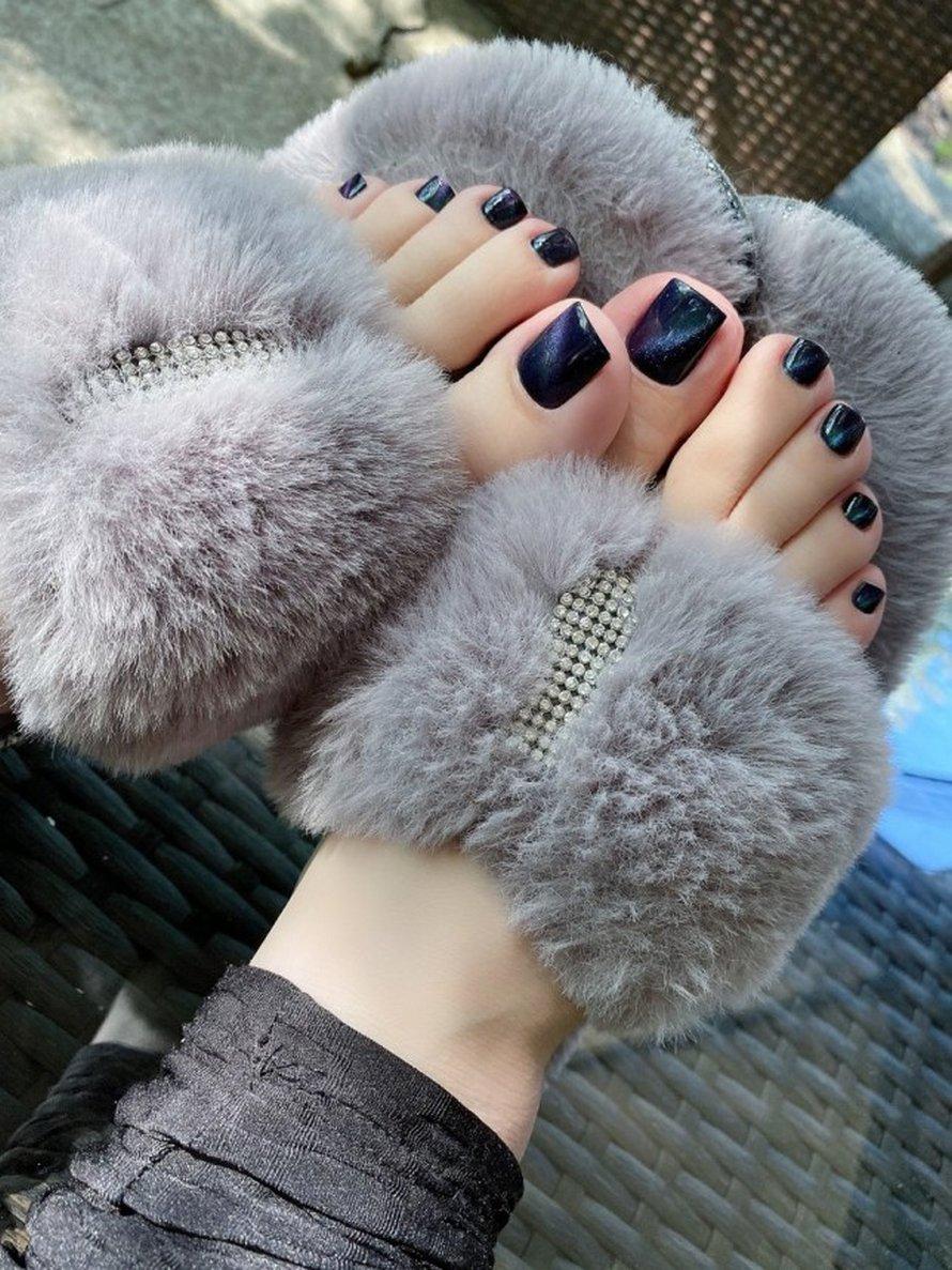 Cette femme gagne plus de 5000€ par mois en vendant des photos de ses pieds sur Internet