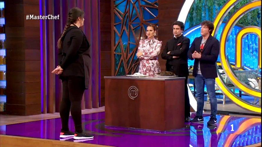 Une concurrente de MasterChef a été expulsée de l'émission pour avoir servi un oiseau mort aux juges