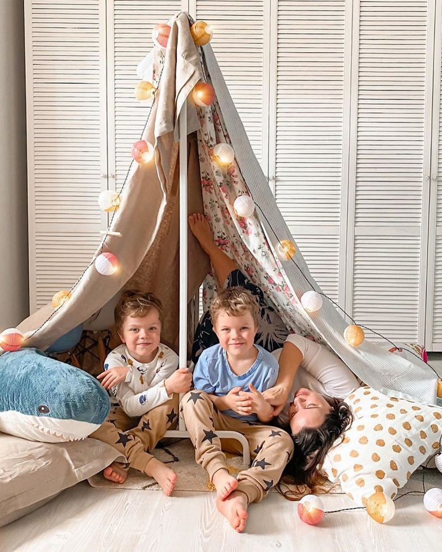 IKEA partage les instructions pour construire 6 types de cabanes de couvertures