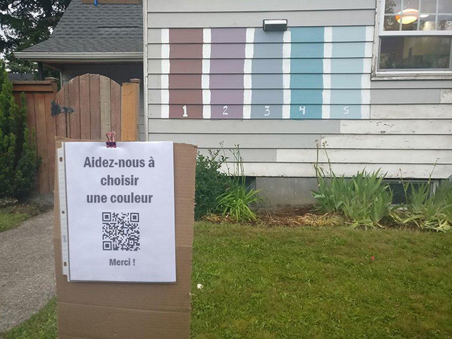 Une famille demande aux voisins de choisir la couleur de leur maison en créant un sondage et elle obtient plus de 70000 votes