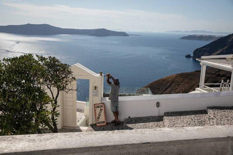 Vacances bon marché en Grèce: des hôtels réduisent les prix à 12€ la nuit