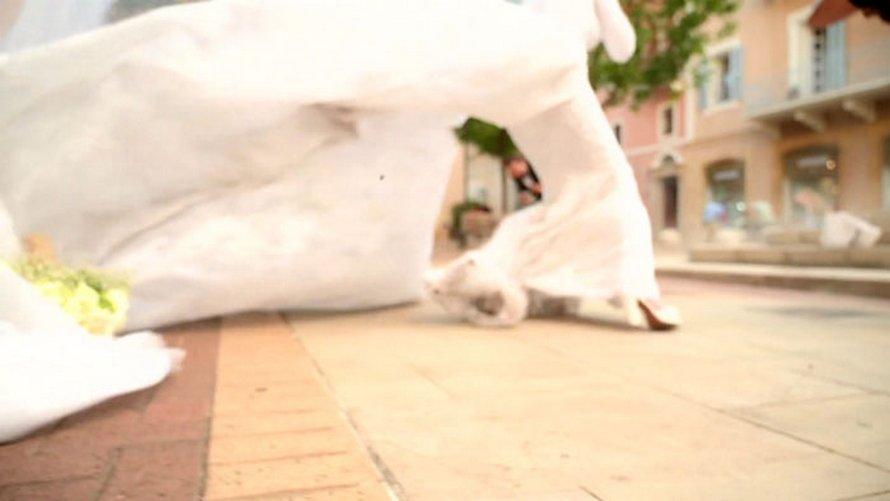 Un photographe capture l'explosion de Beyrouth lors d'une séance photo de mariage