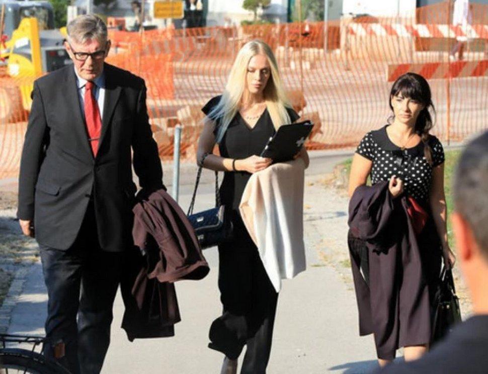 Cette femme a été emprisonnée après avoir scié sa main pour une demande d'indemnisation d'un million d'euros