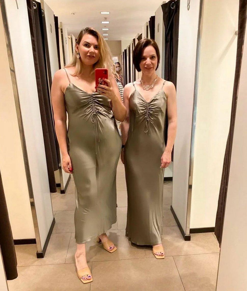 Ces femmes comparent les tailles XL et XS des mêmes vêtements et leurs photos deviennent virales