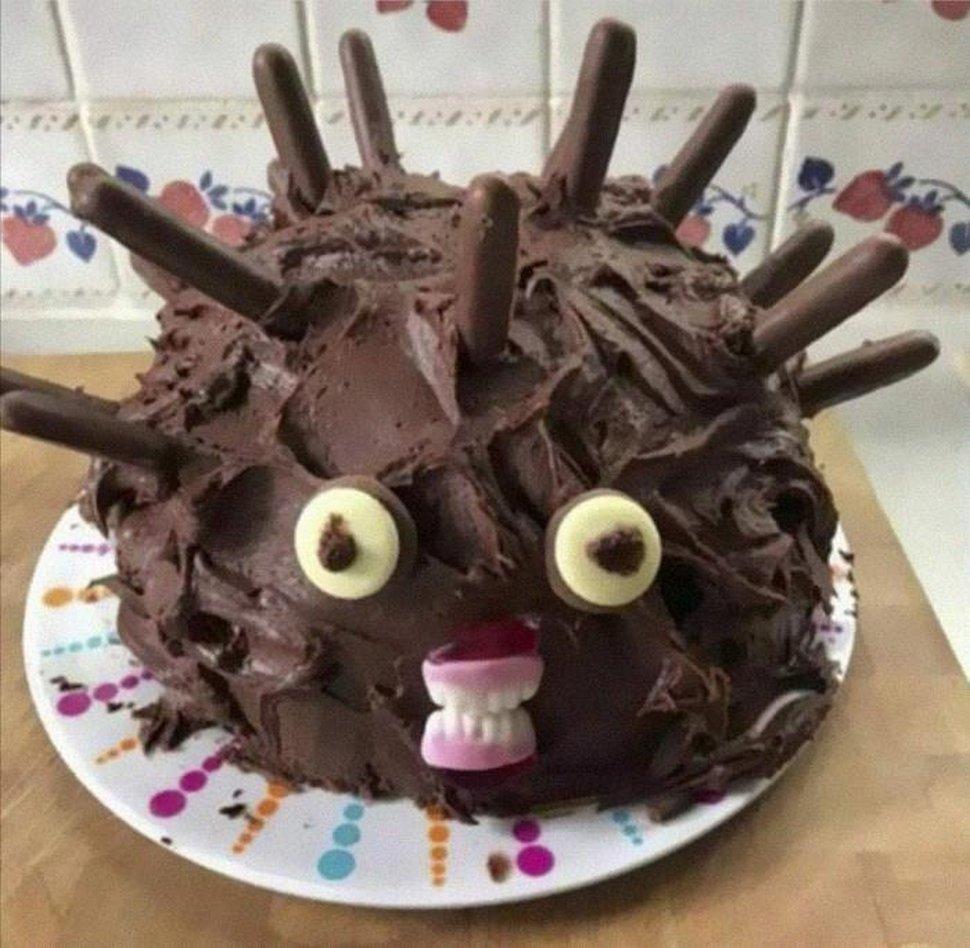 22 fois où des gens ont essayé de faire un gâteau en forme de hérisson, mais ont échoué lamentablement