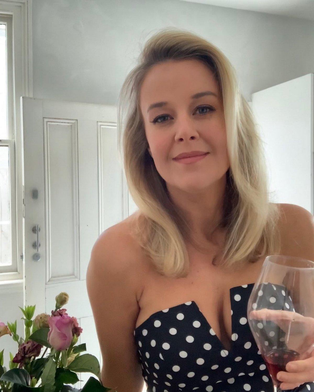 Cette femme célibataire affirme que les hommes devraient toujours payer au premier rendez-vous amoureux