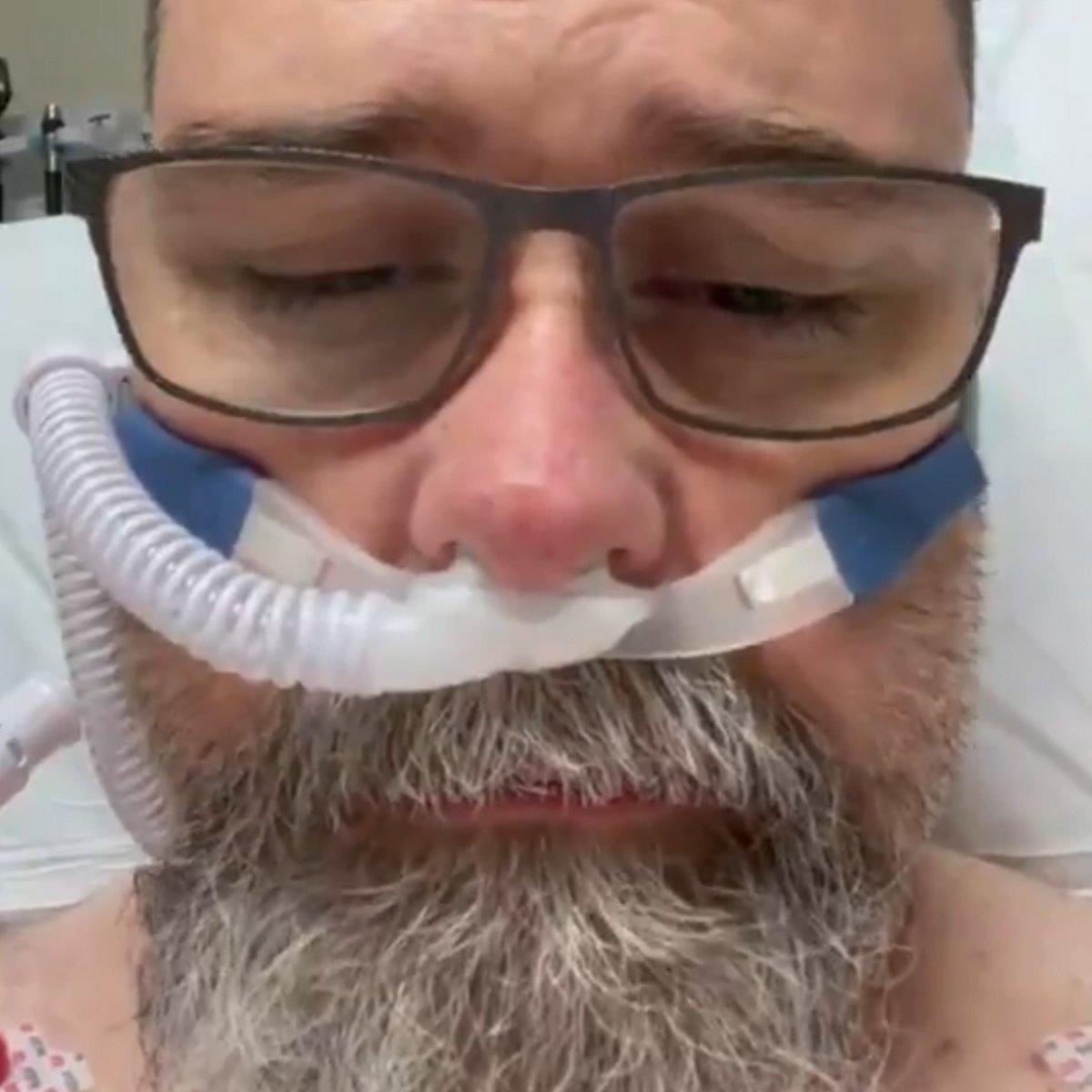Cet anti-masque qui niait l'existence du COVID-19 a émis un avertissement contre le coronavirus