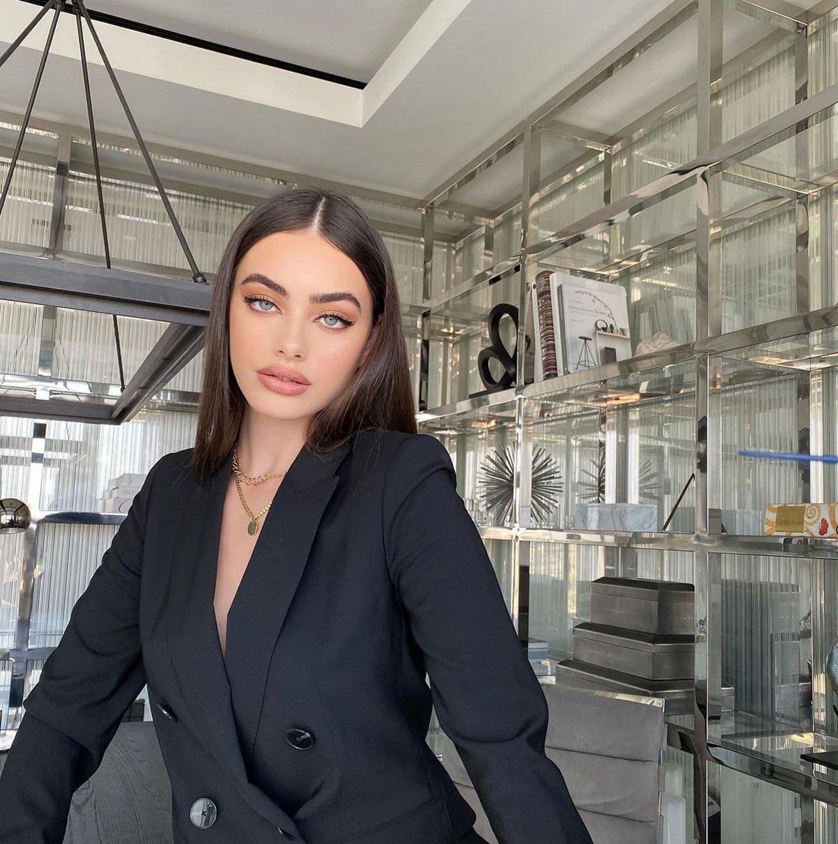 La star israélienne Yael Shelbia nommée plus beau visage au monde de 2020
