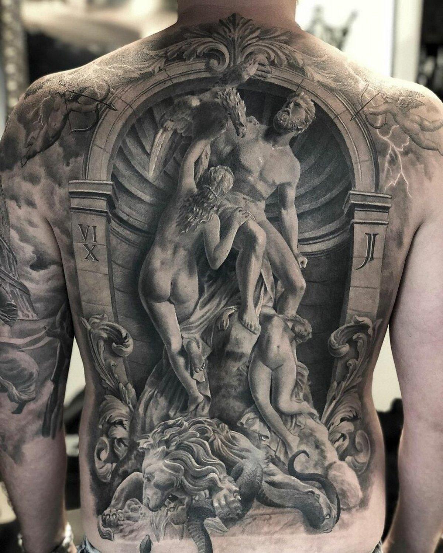 22 tatouages fascinants par un artiste suédois spécialisé dans le réalisme noir et gris ! Par Karine Larcher (Ipnoze) Tatouages-realistes-noir-gris-mrtstucklife-003