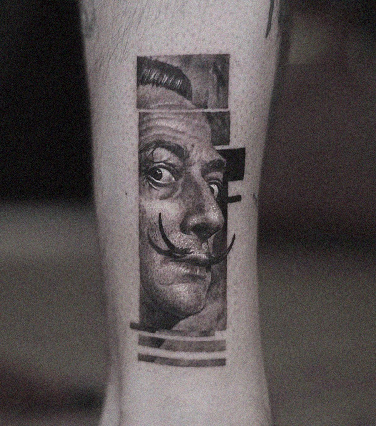 22 tatouages fascinants par un artiste suédois spécialisé dans le réalisme noir et gris ! Par Karine Larcher (Ipnoze) Tatouages-realistes-noir-gris-mrtstucklife-016