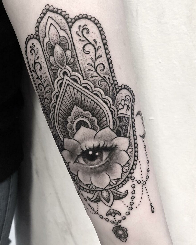 22 tatouages fascinants par un artiste suédois spécialisé dans le réalisme noir et gris ! Par Karine Larcher (Ipnoze) Tatouages-realistes-noir-gris-mrtstucklife-024