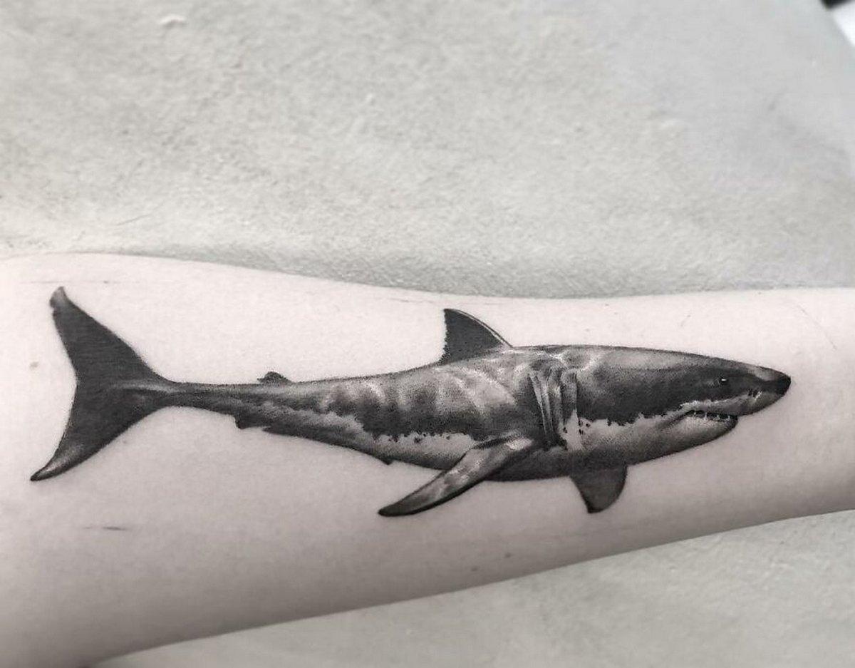 22 tatouages fascinants par un artiste suédois spécialisé dans le réalisme noir et gris ! Par Karine Larcher (Ipnoze) Tatouages-realistes-noir-gris-mrtstucklife-025