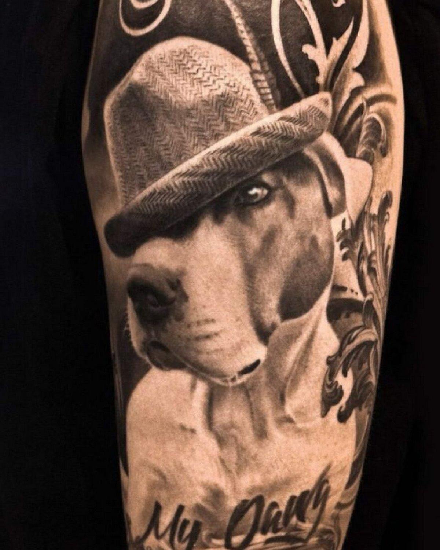 22 tatouages fascinants par un artiste suédois spécialisé dans le réalisme noir et gris ! Par Karine Larcher (Ipnoze) Tatouages-realistes-noir-gris-mrtstucklife-035