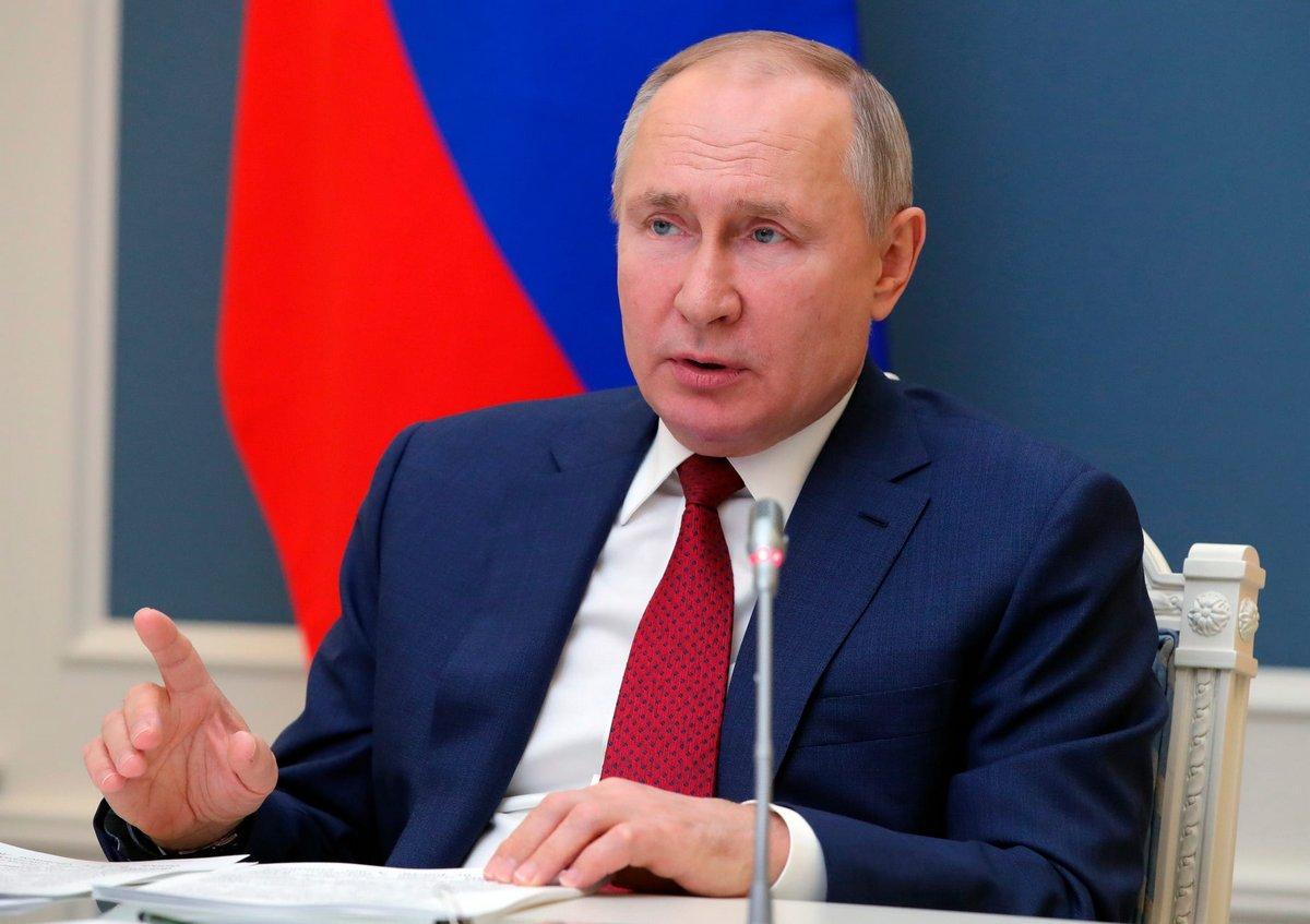 Poutine interdit le mariage homosexuel en Russie et empêche les personnes transgenres d'adopter des enfants