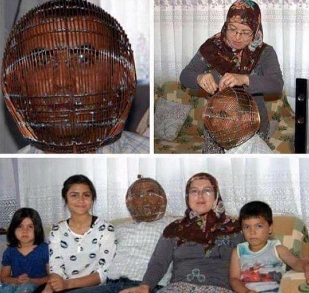 Cet homme s'enferme la tête dans une cage pour tenter d'arrêter de fumer