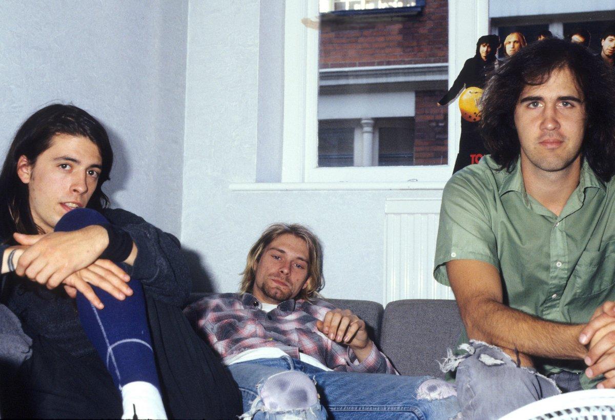 Le bébé sur la couverture de l'album Nevermind de Nirvana poursuit le groupe pour pornographie juvénile