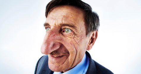 Le Turc Mehmet Özyürek a le nez le plus long du monde sur une personne vivante